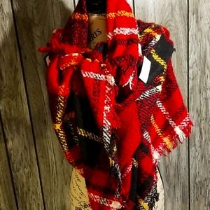 New with tags in package- Maurices blanket scarf